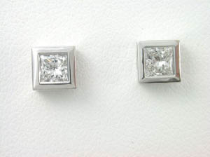 Ladies Princess Cut Diamond Studs.