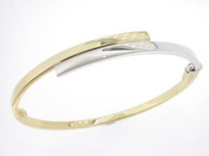 Ladies 9ct Yellow and White Gold Solid Hinged Bangle. G5921.