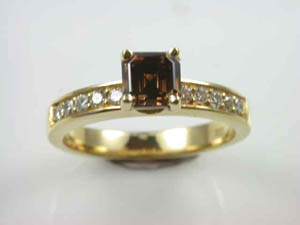 Ladies 18ct YG Cognac Diamond Dress Ring