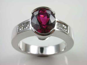 18ct WG Tourmaline & Diamond dress ring
