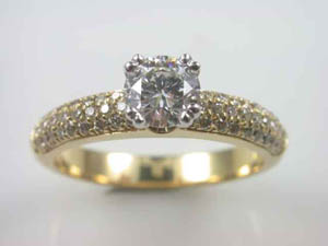 Ladies18ct Diamond set Dress Ring TDW=0.91ct