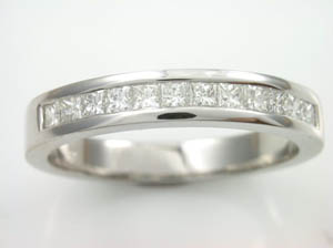 Ladies 18ct WG Diamond set Dress ring Princess cuts  TDW=0.45ct