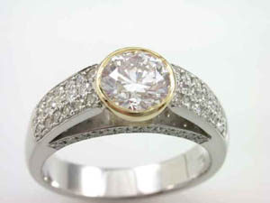 Ladies 18ct WG Diamond Dress ring TDW=1.55ct