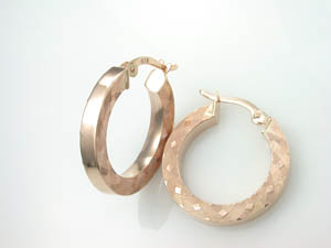 Ladies 9ct Rose Gold Hoop Earrings.