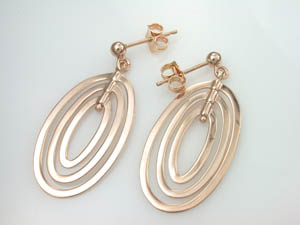 Ladies 9ct Rose Gold Earrings.
