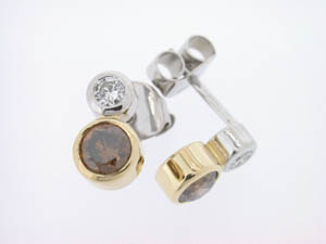 Ladies 18ct Two Tone Diamond Set Studs.