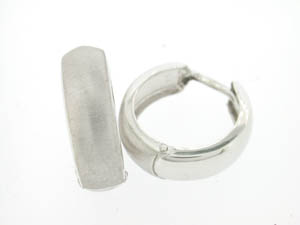 Ladies 9ct White Gold Huggies Shiny/Matt.