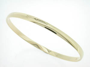 9ct Yellow Gold Solid Baby Bangle.