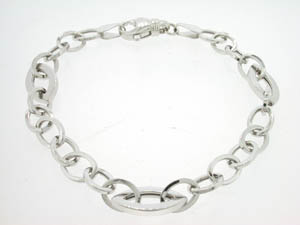 Ladies 9ct White Gold Fancy Link Bracelet.