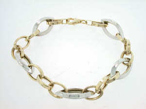 Ladies 9ct Yellow and White Gold Fancy Oval Link Bracelet.
