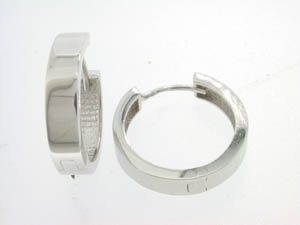 Ladies 9ct White Gold Flat Plain Huggies.