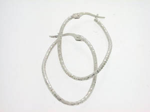Ladies 18ct White Gold Diamond cut Twist Hoops.