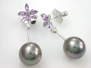 Ladies Autore Amethyst Diamond & Black Pearl Earrings.