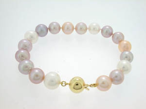 Ladies Freshwater Pearl Bracelet. Pink and Purple Shades 10-11mm