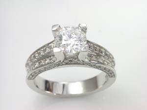 Ladies 18ct white gold Diamond set Dress Ring TDW=1.63ct