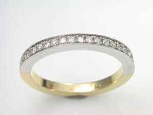 Ladies Diamond set Wedding Ring TDW=0.20ct