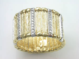 Ladies 18ct Two Tone Textured Multi Bar Flexible Ring.