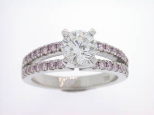 Ladies 18ct White Gold Diamond Engagement Ring.