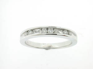 Ladies 18ct White Gold Baguette and Round Diamond Channel Set Ba