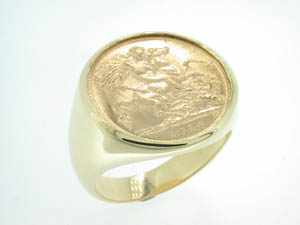 Gents 9ct Yellow Gold Half Sovereign Ring.