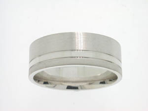 Gents 9ct White Gold 3 Finish Ring.