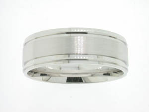 Gents 9ct White Gold Ring Brushed and Polished Design.